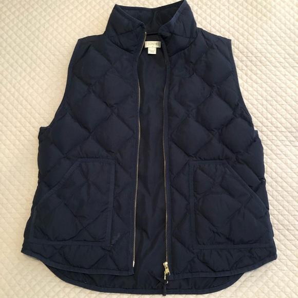 J. Crew Jackets & Blazers - J. Crew Navy Puffer Vest sz L PERFECT CONDITION